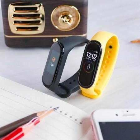 【最新到貨】小米手環4 公司貨 運動手環 (送保護貼+彩色腕帶)【A0114】